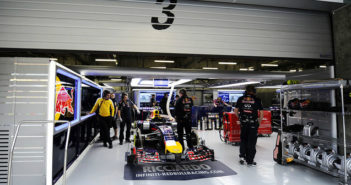 Red Bull Racing, Garage, pit stop, Formula 1, F1, workshop