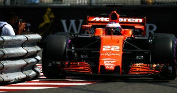 Stratasys, McLaren, Honda, MCL32, Formula 1, F1, ALM, 3D printing, components, workshop